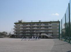 白幡中学校